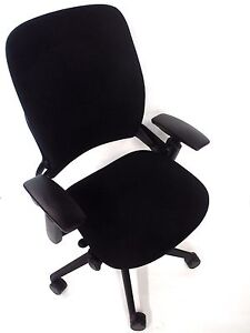 Steelcase Black Fabric Leap V2 Task Chair