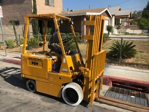 5 000 Lb Komatsu Electric Forklift 628 Hours 4 Stage Mast 240 Reach Fb30s