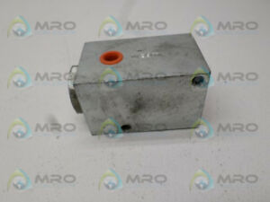 Lubriquip 527 100 380 Hydraulic Pressure Valve new No Box