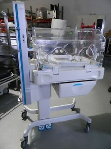 Ohmeda Medical Giraffe Infant Incubator 6651 tested