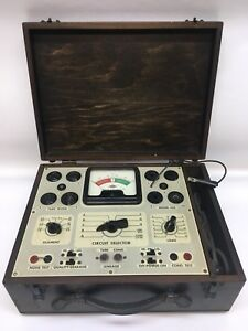 Vtg 1940 s Superior Instruments Co Model 450 Tube Tester Wooden Carrying Case