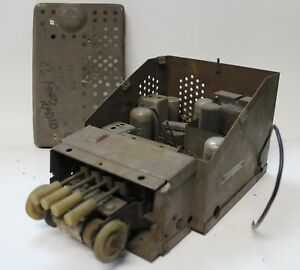 1946 48 Ford Radio Non Working Unit As Is Parts 584
