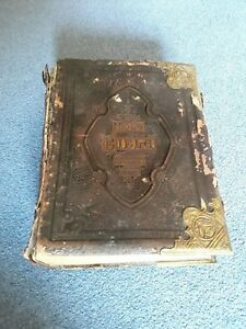 The Holy Bible Antique Leather Bound With Brass Clasps 19th Century Amazing