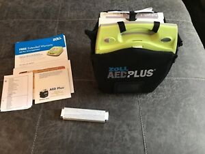 Zoll Aed Plus Semiautomatic Defibrillator With Case Cpr d Pads 3 Year Warranty