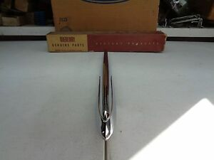 New 1954 Ford Mercury Br 16851 A Hood Ornament Spear