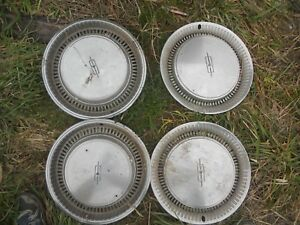 Vintage Oldsmobile 15 Inch Hubcaps Wheel Covers Set Of 4
