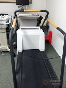 Medical Ge Case 8000 Stress Test System Marquette Series 2000 Treadmill