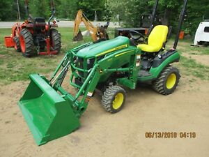 John Deere 1026r Tractor 4x4 Loader New Quick Attach Bucket 149 Hours