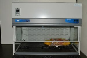 Labconco 4 Xpert Hepa Filtered Enclosure Balance System With Airflow Monitor