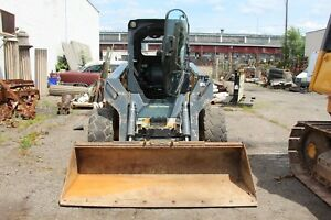 2013 John Deere 332e Skid Steer Loader