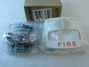 New Simplex 4903 9453 White Horn Strobe Wall Mount 15 Cd Fire Alarm 0626605