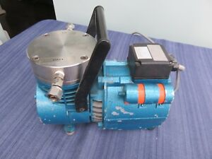 Knf Neuberger Un035 Stp Stainless Vacuum Pump Guaranteed