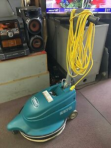 Used 20 Tennant 2370 Floor Burnisher 120v 15a Fully Operational Mint