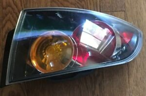 04 05 06 Mazda 3 Hatchback Right Passenger Rh Tail Light Oem 2004 2005 2006