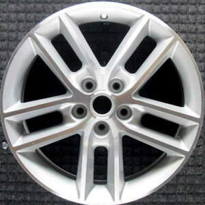 Chevrolet Impala Machined W Silver Pockets 18 Inch Oem Wheel 2008 2013 959824