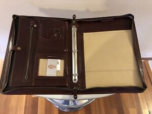 Noda Italian Leather Portfolio With Handel
