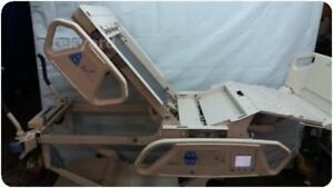 Hill rom P1900 Totalcare All Electric Hospital Patient Bed 203583