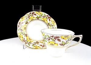Rosina China 498 Yellow Floral 2 1 2 Scalloped Cup And Saucer Set