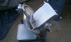 Globe Meat Slicer Model Hobart 685 660