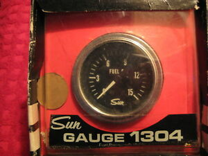 Vintage Nos Sun Fuel Pressure Gauge Made In U S A
