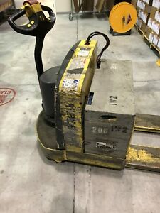 Hyster Pallet Jack Electric 6000 Lb Capacity With Battery