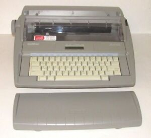 Brother Electronic Typewriter Portable W Dictionary Spell Correction Sx 4000