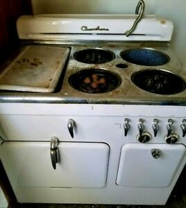 Vintage White Chambers Natural Gas Stove