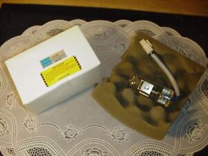 Hamamatsu Model L6408 L2d2 Deuterium Lamp Assembly New In Box