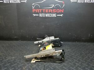 1995 Mercedes E320 Sedan Driver Left Front Power Seat Track Only