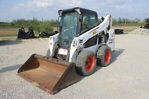 2015 Bobcat S590 Skid Steer Enclosed W Heat Air Low Hours