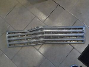 1962 62 Chevy Impala Belair Biscayne Front Grille Grill Shell Hot Rod Damaged