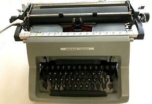Underwood Olivetti Typemaster Typewriter 1980 In Pristine Condition Usa Made