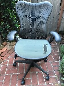 Herman Miller Mirra 2 Home Office Chair Black grey Functional But Needs Repair