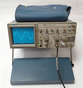 Tektronix 2235a Oscilloscope Two Channels 100mhz Tested Working W Cover