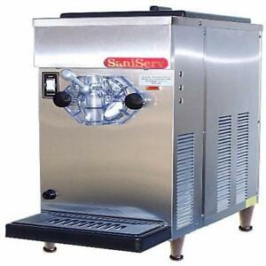 Saniserv 707 Countertop 8 Gal hr 20 Qt Frozen Beverage Machine