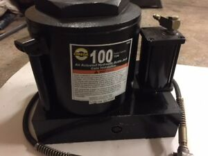 Omega 18992 Air Actuated Bottle Jack 100 Ton
