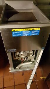 Pitco Frialator Sg14 Deep Fryer