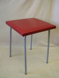 Old Metal Cult Retro Design Chair Red