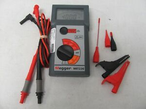 Megger Mit230 Max 600v Cat Iii Analog Insulation Tester Made In Uk