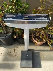 Health o meter Physician Dr Scale Model 210 Hom 0200 In Good Working Order