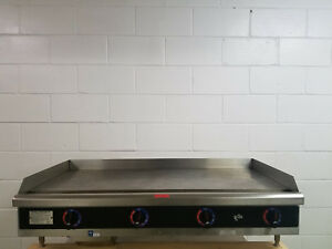 Star 548 tag Electric 48 Inch Flat Grill Griddle 208 240v 3 Phase Tested