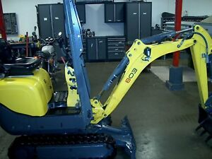 Wacker Neuson 803 Mini Compact Excavator 900 Hrs 2015 Model