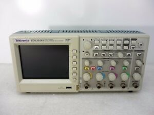 Tektronix Tds2024b 4 ch Digital Storage Oscilloscope Dso 200mhz 2gs s