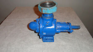 Reduced Used Viking Hl32 Gear Pump W 1 1 2 X 1 1 2 Inlet outlet