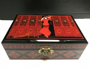 Vintage Japan Red Black Lacquer Wooden Jewelry Box Silk Velvet Lined