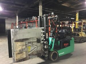 2012 4000 Lb Electric Forklift With Cascade Carton Clamp 48 48