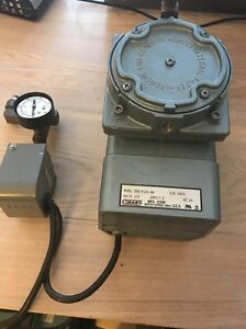 Gast Doa p126 aa Diaphragm Pump With Air Dryer 115 Volts 3 8 Psi