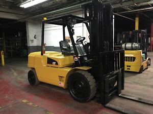 2005 Cat 10 000 Lb Diesel Forklift With Side Shift And Triple Mast