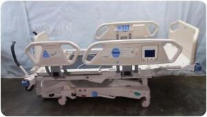 Hill rom Total Care P1900 Electric Hospital Bed 210902