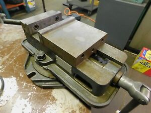 Kurt D60 6 Precision Vise With Jaws And Handle Swivel Base